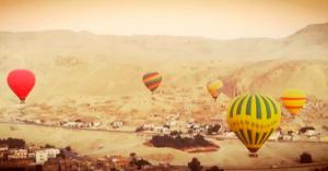 Полеты на воздушных шарах над Люксовом. Фото - @carola_hope