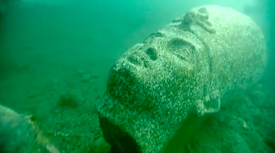 Таинственный храм найден под водой в затонувшем Гераклионе