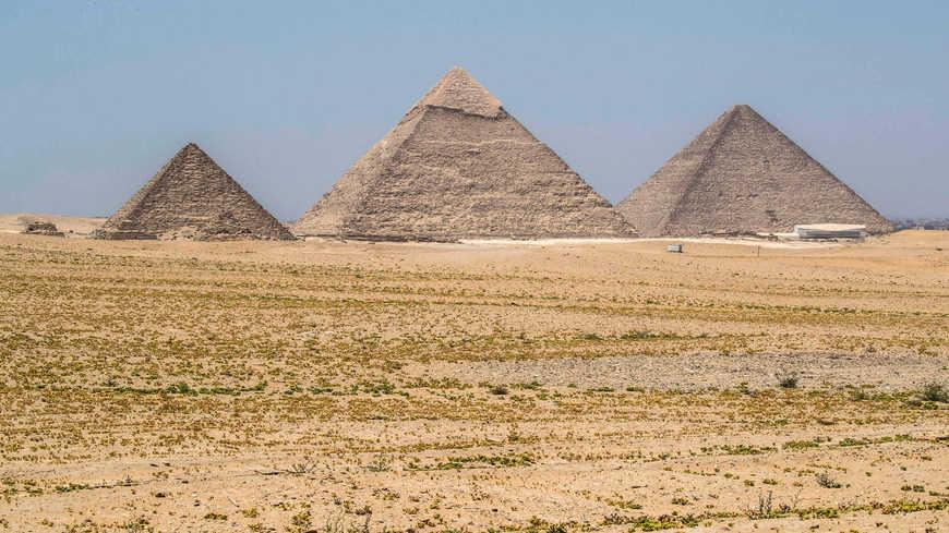 Реконструкция на плато Пирамид в Гизе